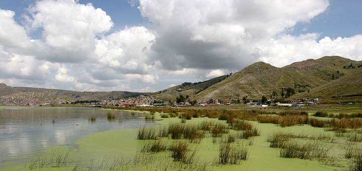 Legend holds that Lake Titicaca in the Andes on the border between Peru and Bolivia is the cradle of Incan culture and civilisation. The lake is now so polluted that some describe it as a cemetery. (Photo credit: Benjamin, flickr)