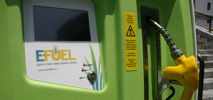 The American biofuel industry is being hit by the record low oil and gasoline prices. (Photo credit: Antonio R. Villaraigosa, flickr)