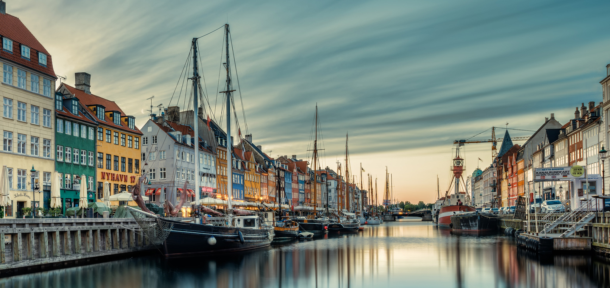 Rising sea levels jeopardise the historic Nyhavn district in Copenhagen. (Photo credit: Jacob Surland, flickr)